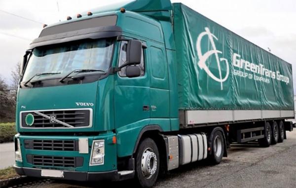 9 новых тягачей Volvo FH 12 c полуприцепами Koegel